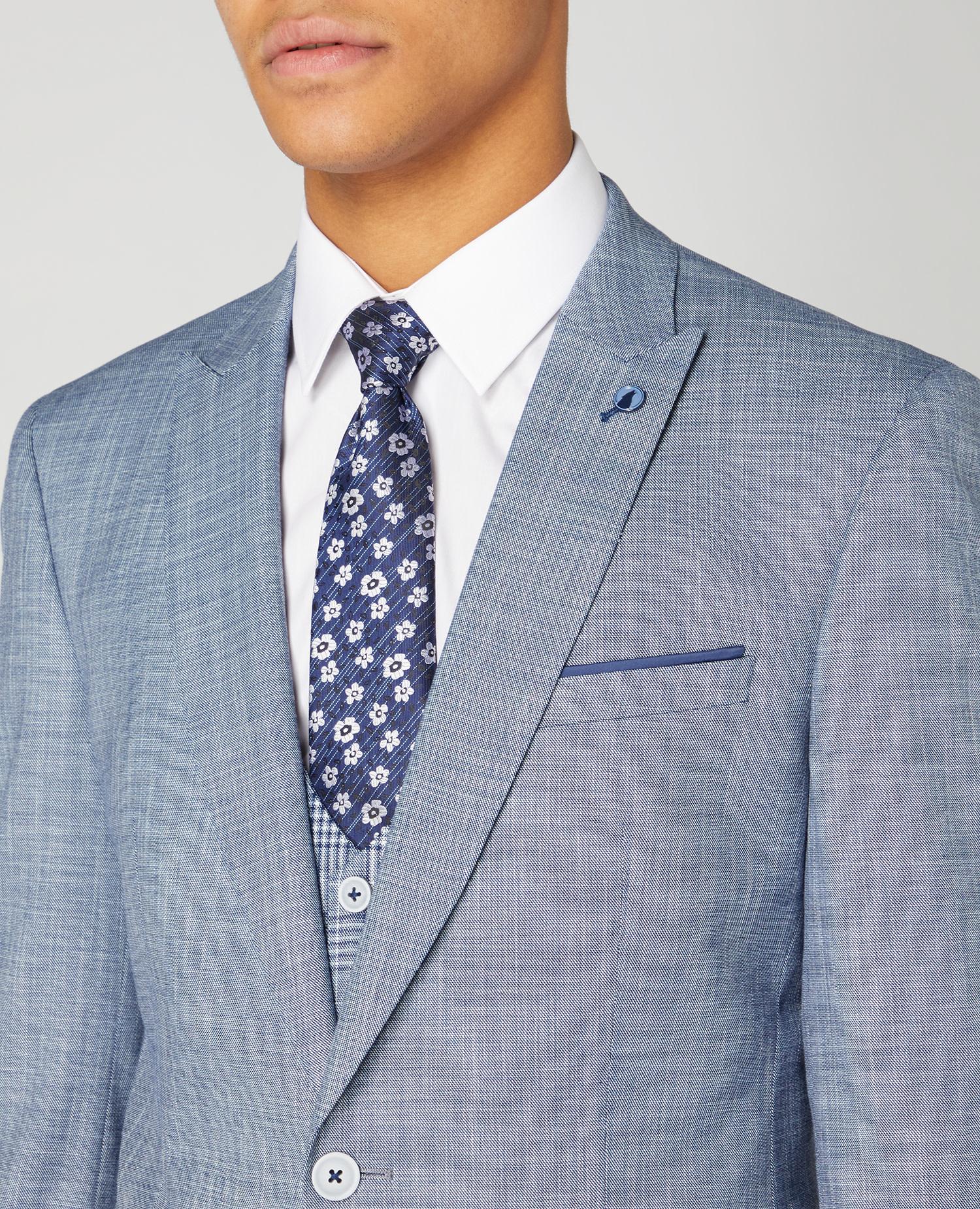 Remus Uomo Light Blue 3 piece with pow check waistcoat
