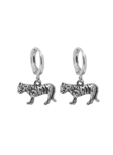 YW Earring Tiger, Silver