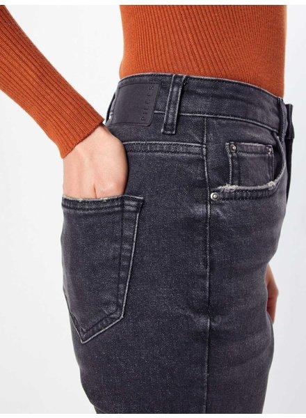 Pieces Pieces, LEAH Mom Jeans, Black