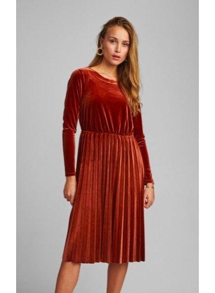Nümph Nümph, Nunakotah Dress, Barn Red