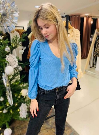SHOP THE LOOK BLUE DAY
