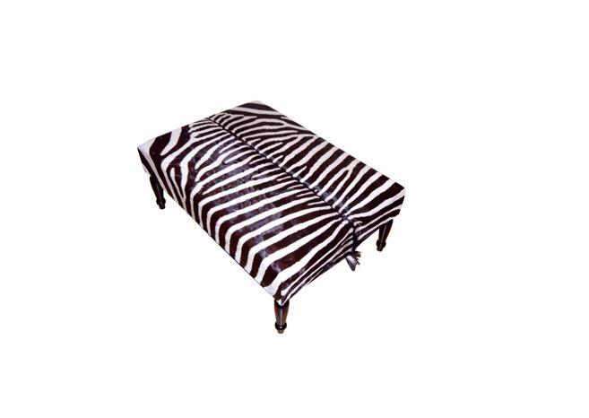 Zebrafellhocker BIG CLASSIC, Wir fertigen diesen Hocker für Sie an.