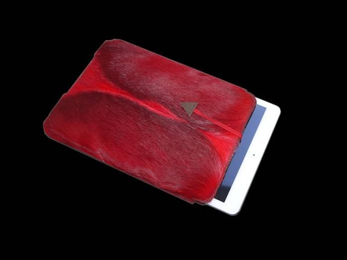 Tablet PC Hülle aus roten Springbockfell