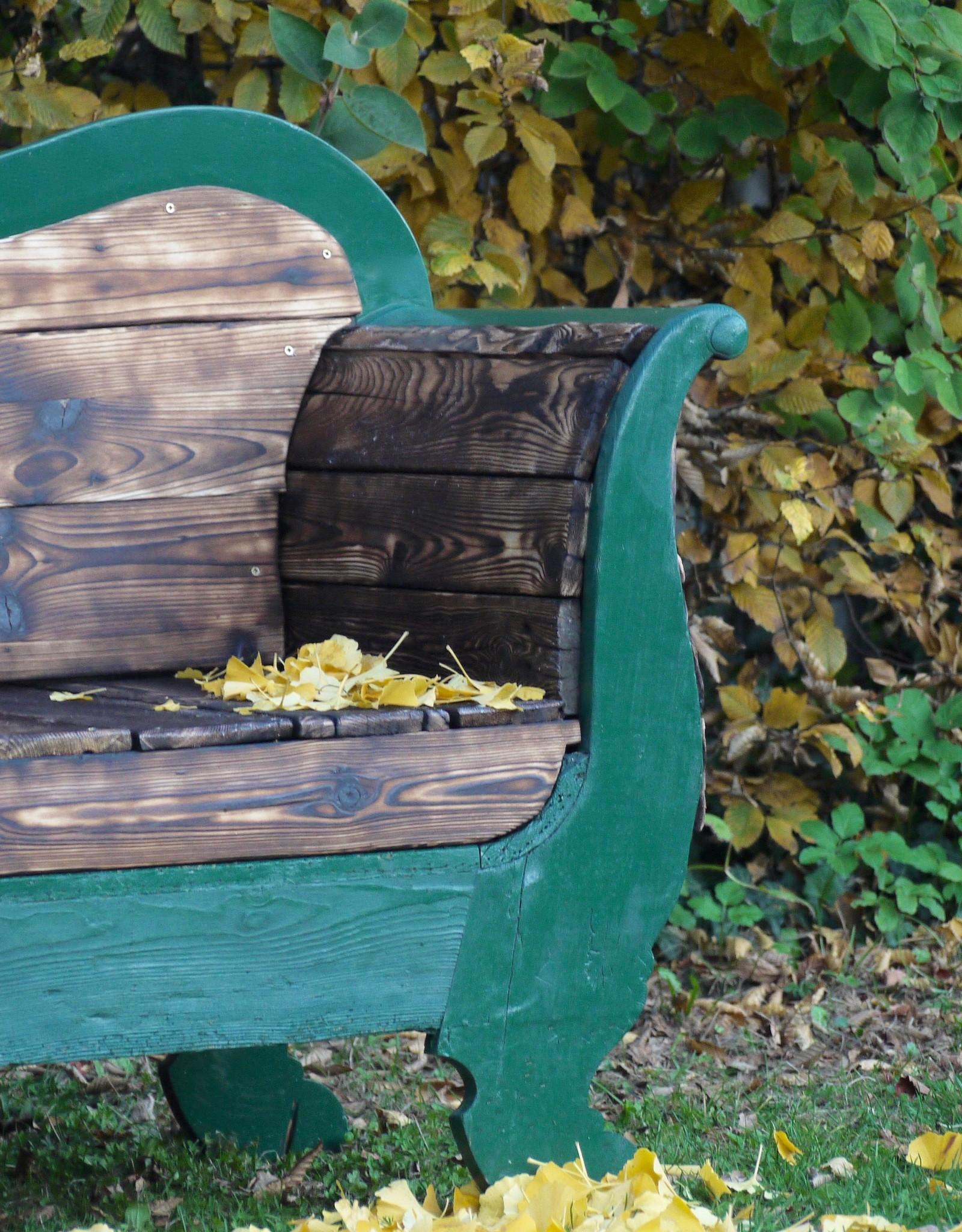 100 jährige Couch für den Outdoor Bereich Shou Sugi Ban / Flamed Wood