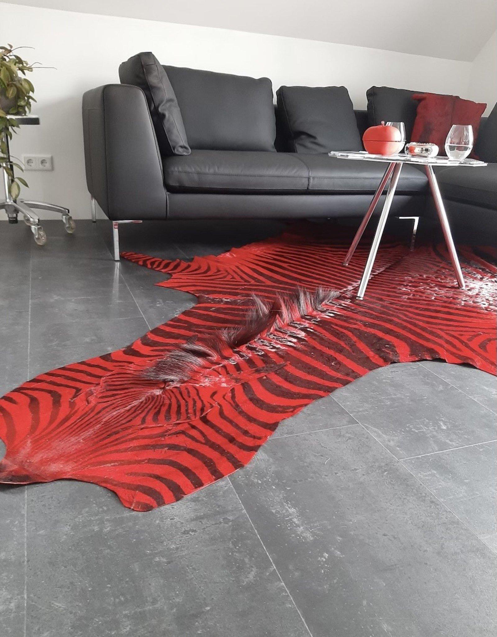Zebrafell RED LOUNGE M281