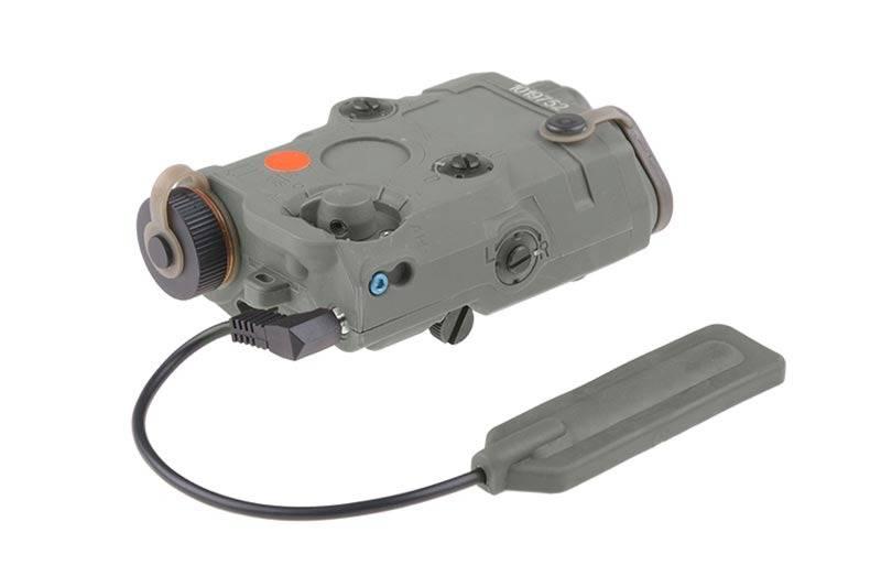Laser Entfernungsmesser Modul : An peq batteriebox inkl licht laser modul fg airsoftarms