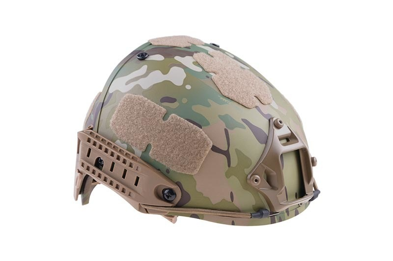 Ultimate Tactical FAST Helm Typ AIR - MultiCam