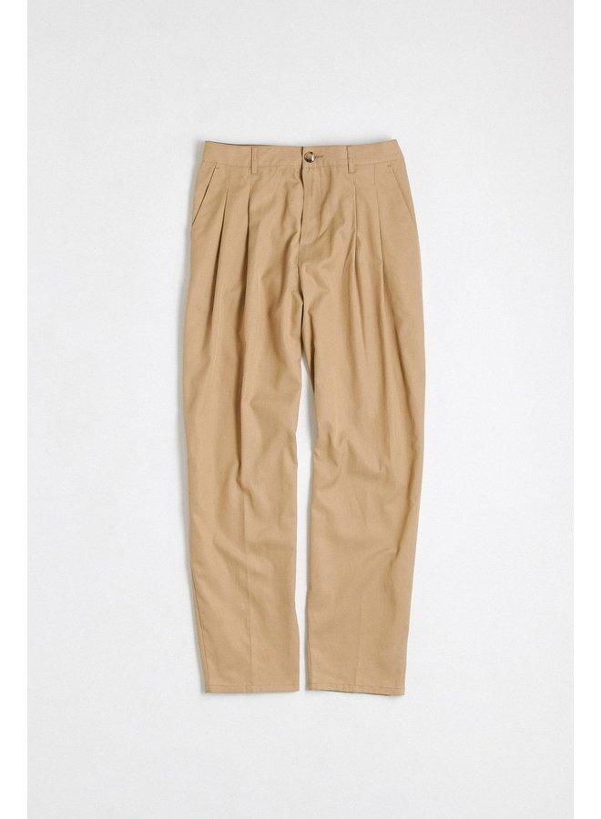 Pleated wide trousers