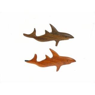 Wooden assorted polished Shark 10cm.