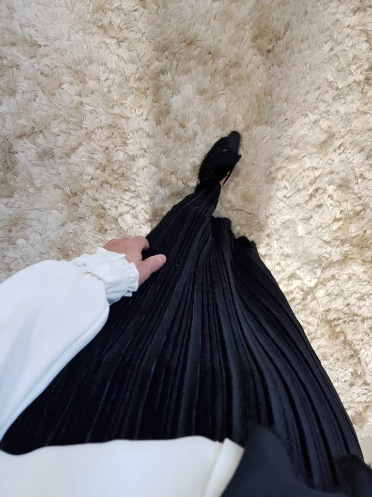 Tvelours plisse rok sapri 519 zwart