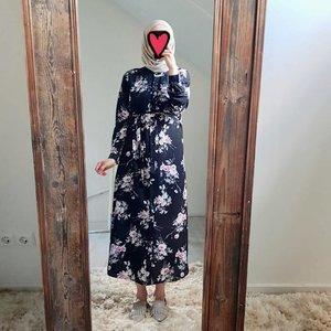 Hijablouse nardo zwart