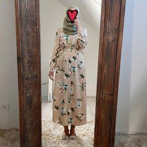 Hijablouse nardo beige
