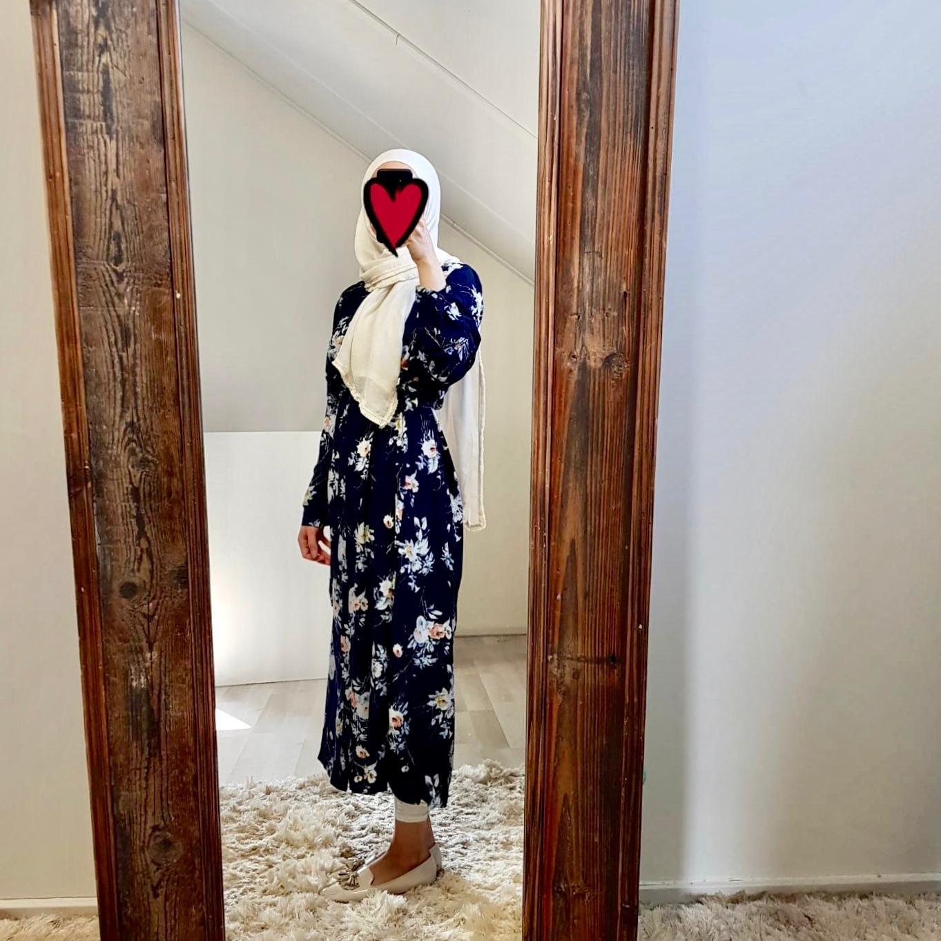 Hijablouse nardo black blue