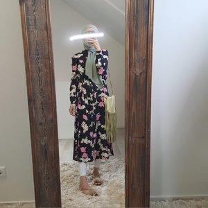 Hijablouse nardo  black v2