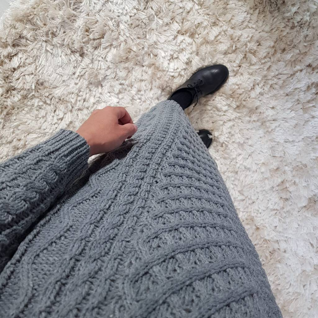Kabeltrui lorci grijs