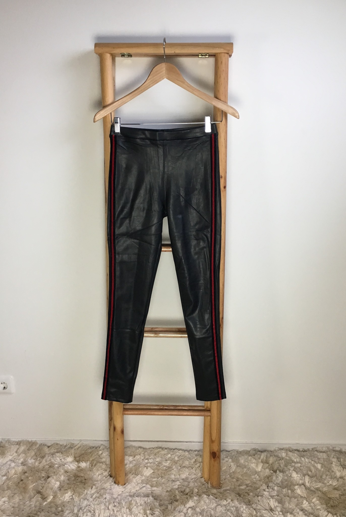 Leater look pants lecce mono black-red