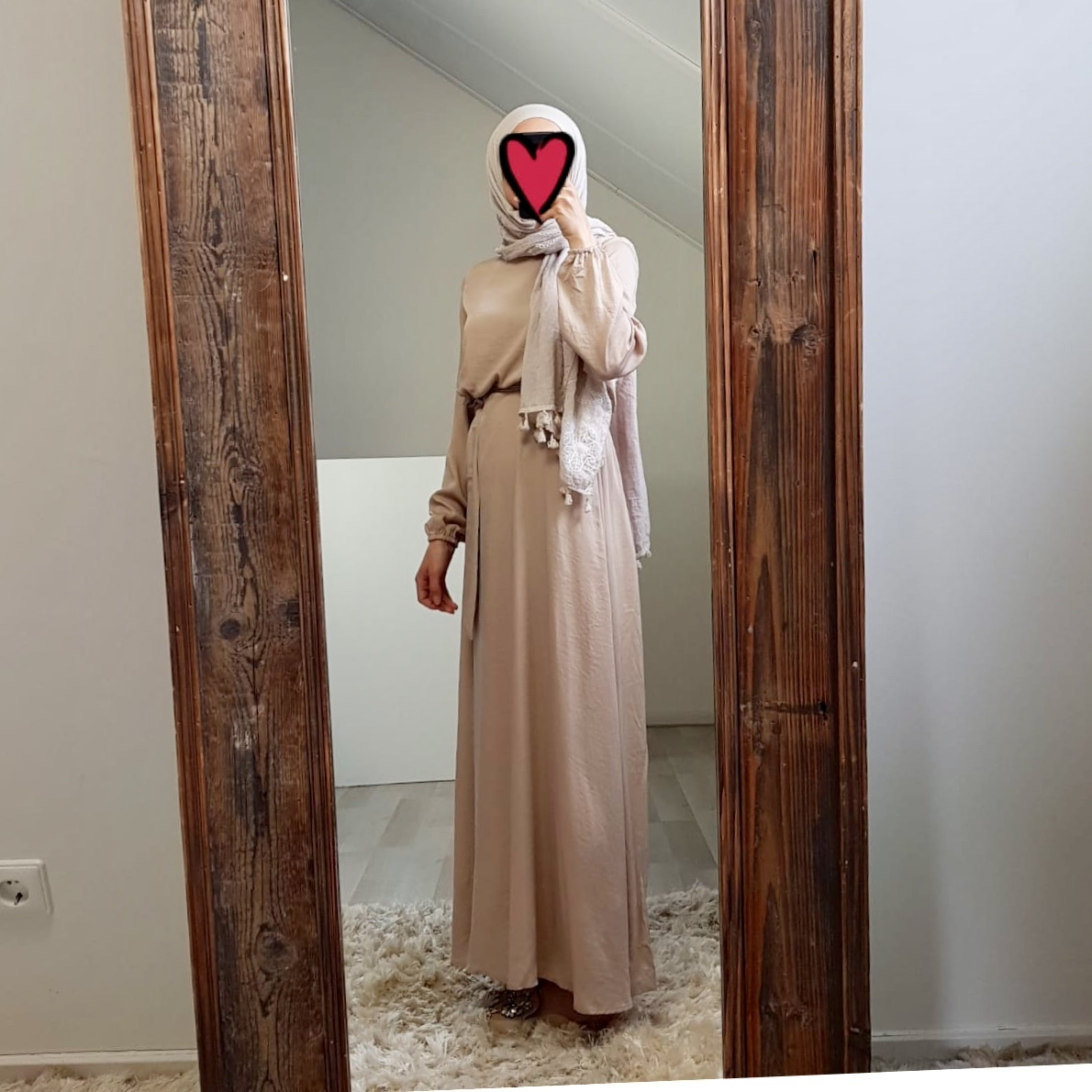 Maxi jurk (satin) scarlino beige