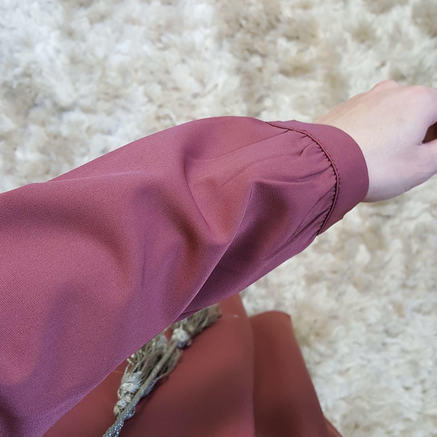 Abaya albarella koraal