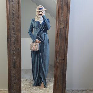occassion dress tuscany blue