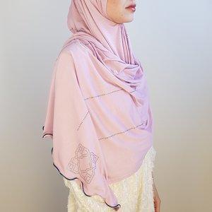 strass sjaal jersey venetia pink