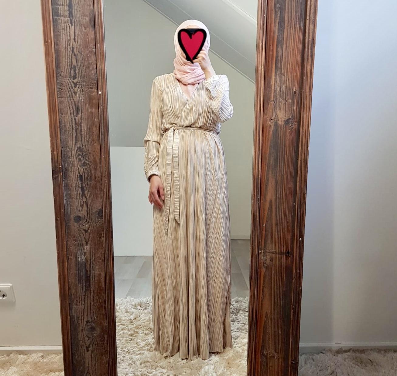 Plisse jurk amantea beige