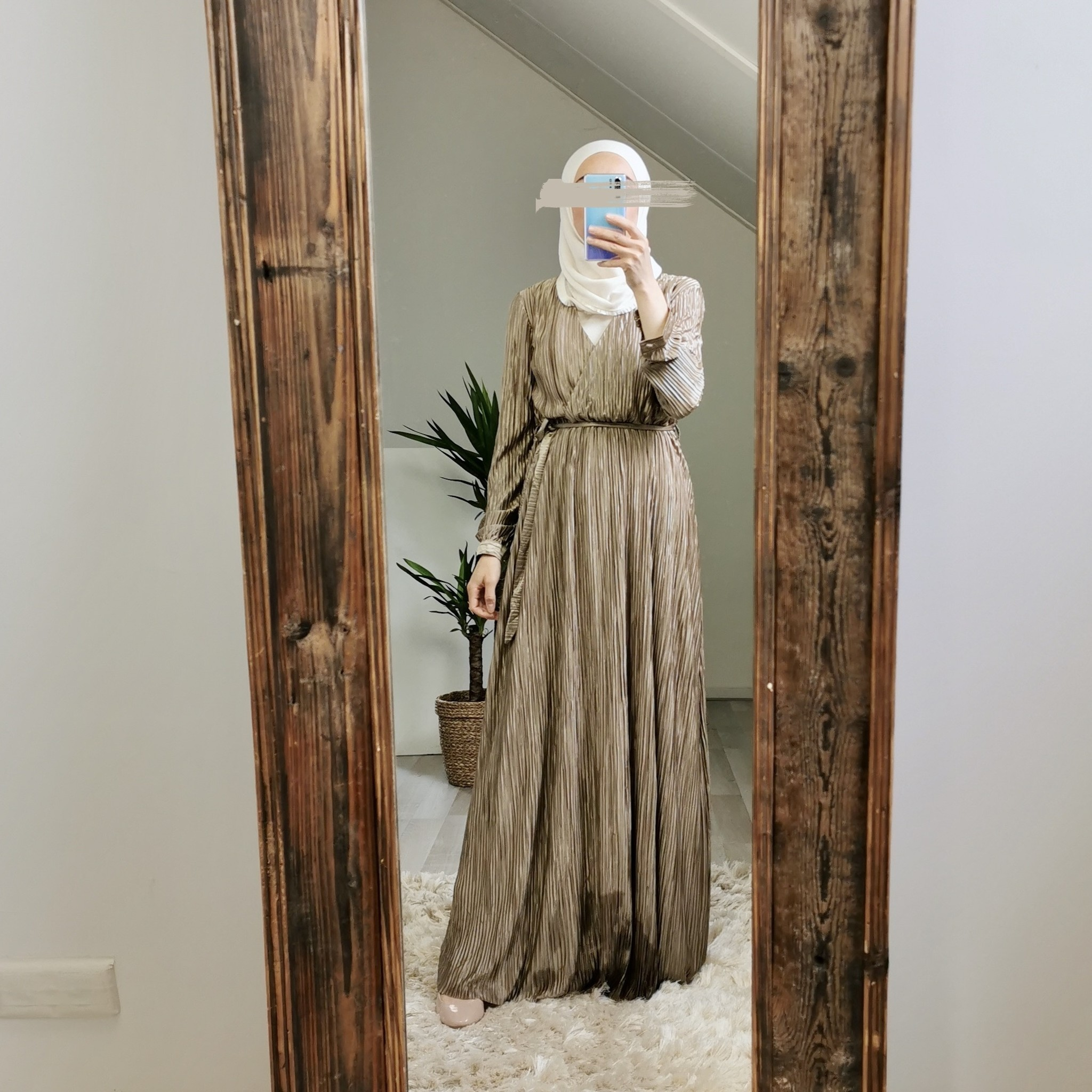 pleated dress amantea koperbruin