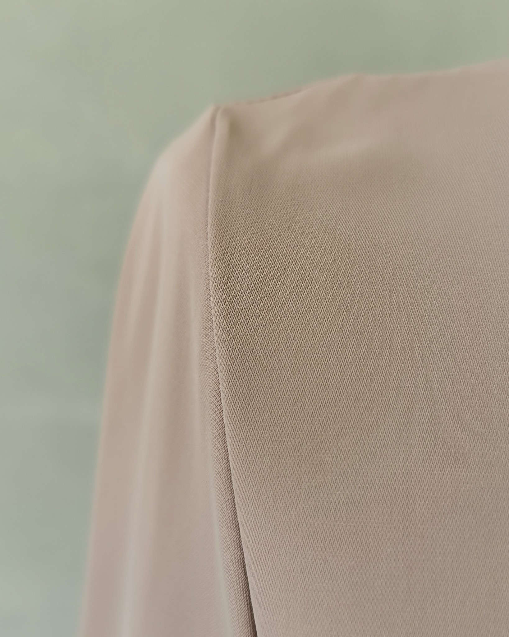 dress capitelo beige