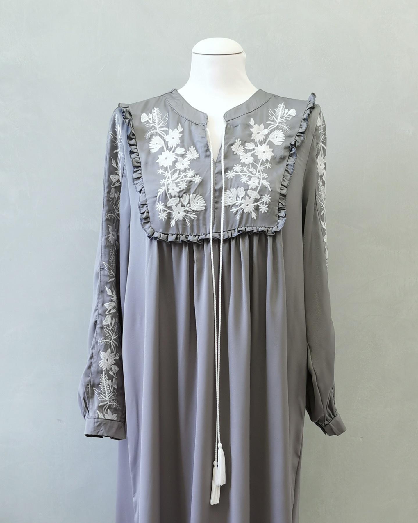 jurk busnago grijs