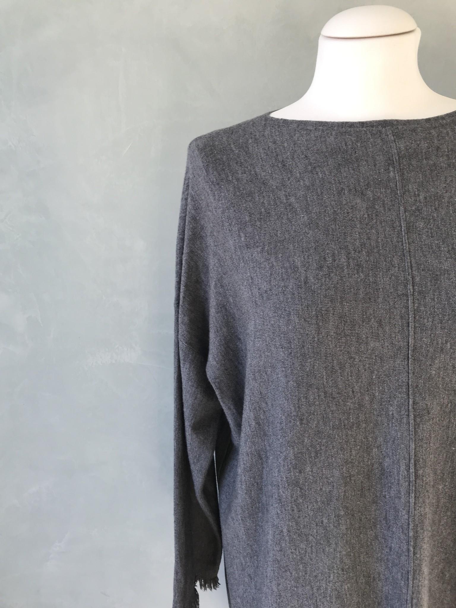 Gerafelde sweater viglio grijs