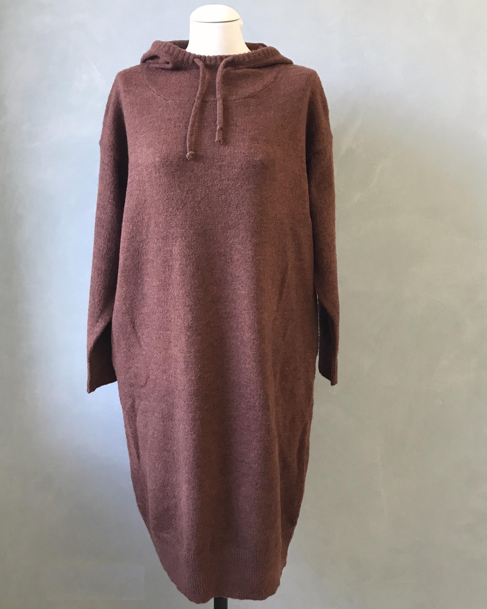 Capuchon sweater eraclea roestbruin