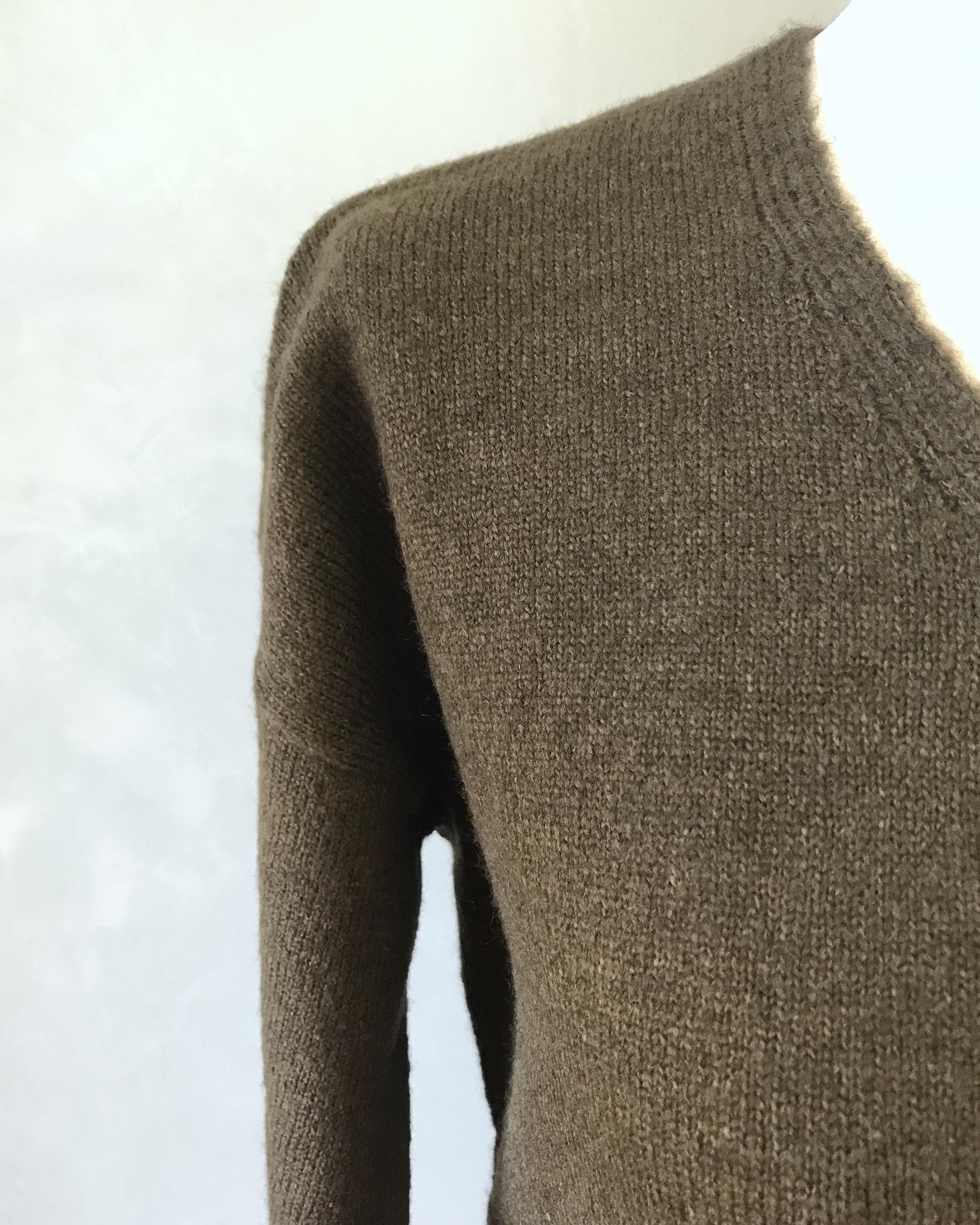 sweater dodici green