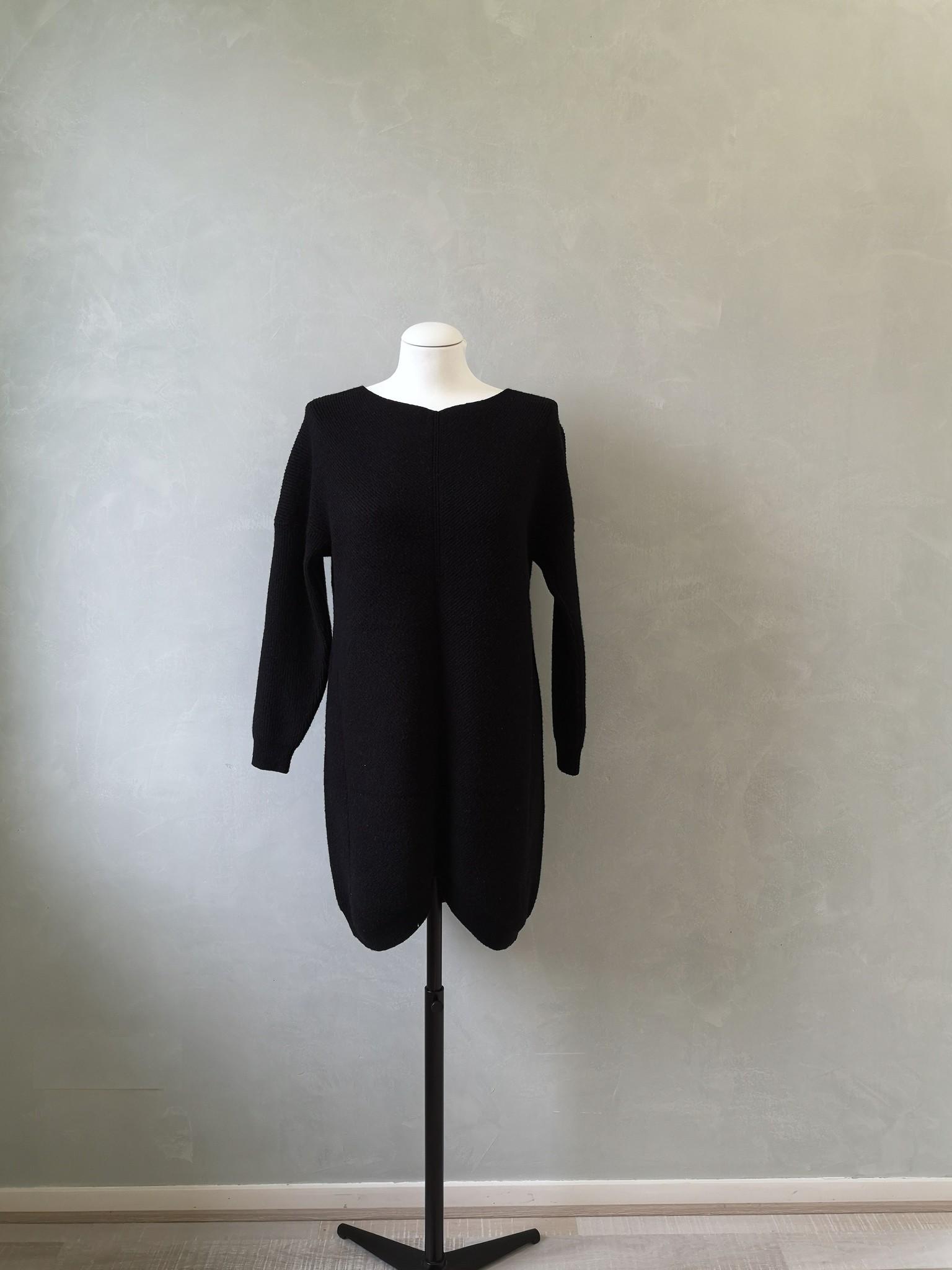 sweater carega black