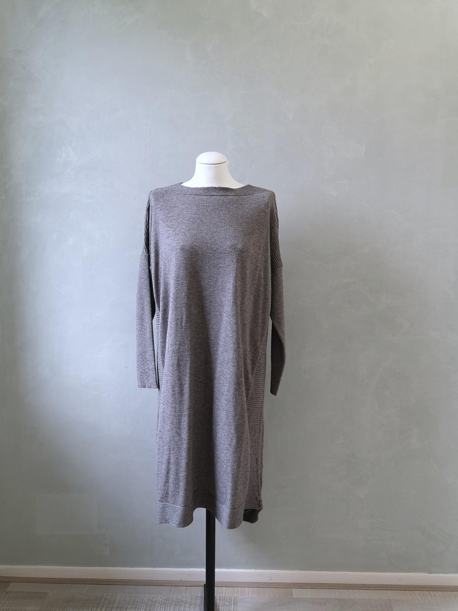 Sweater tosa grijs