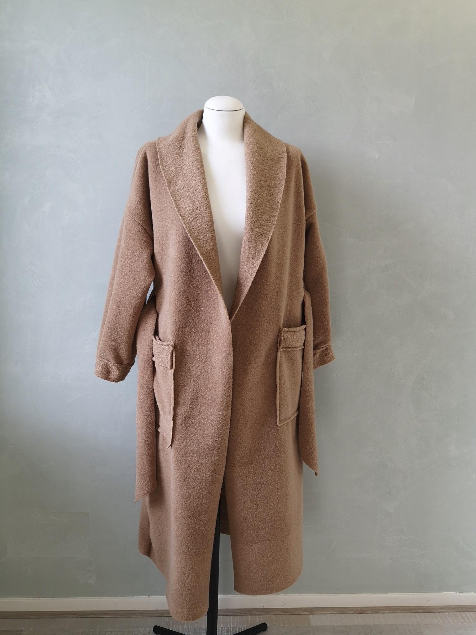 Easy coat bentham camel