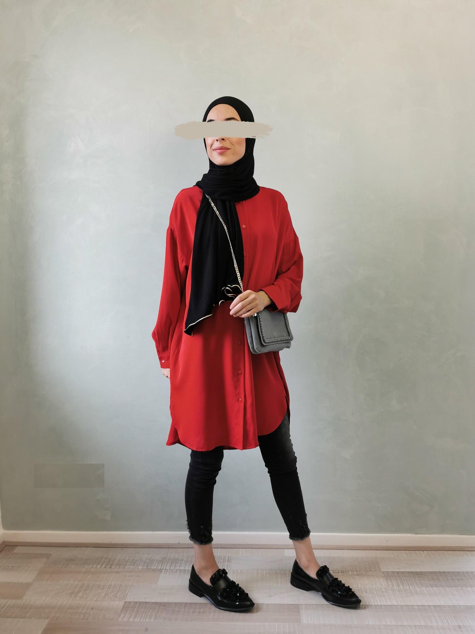 Basic blouse alassio rood (vallen ruim)