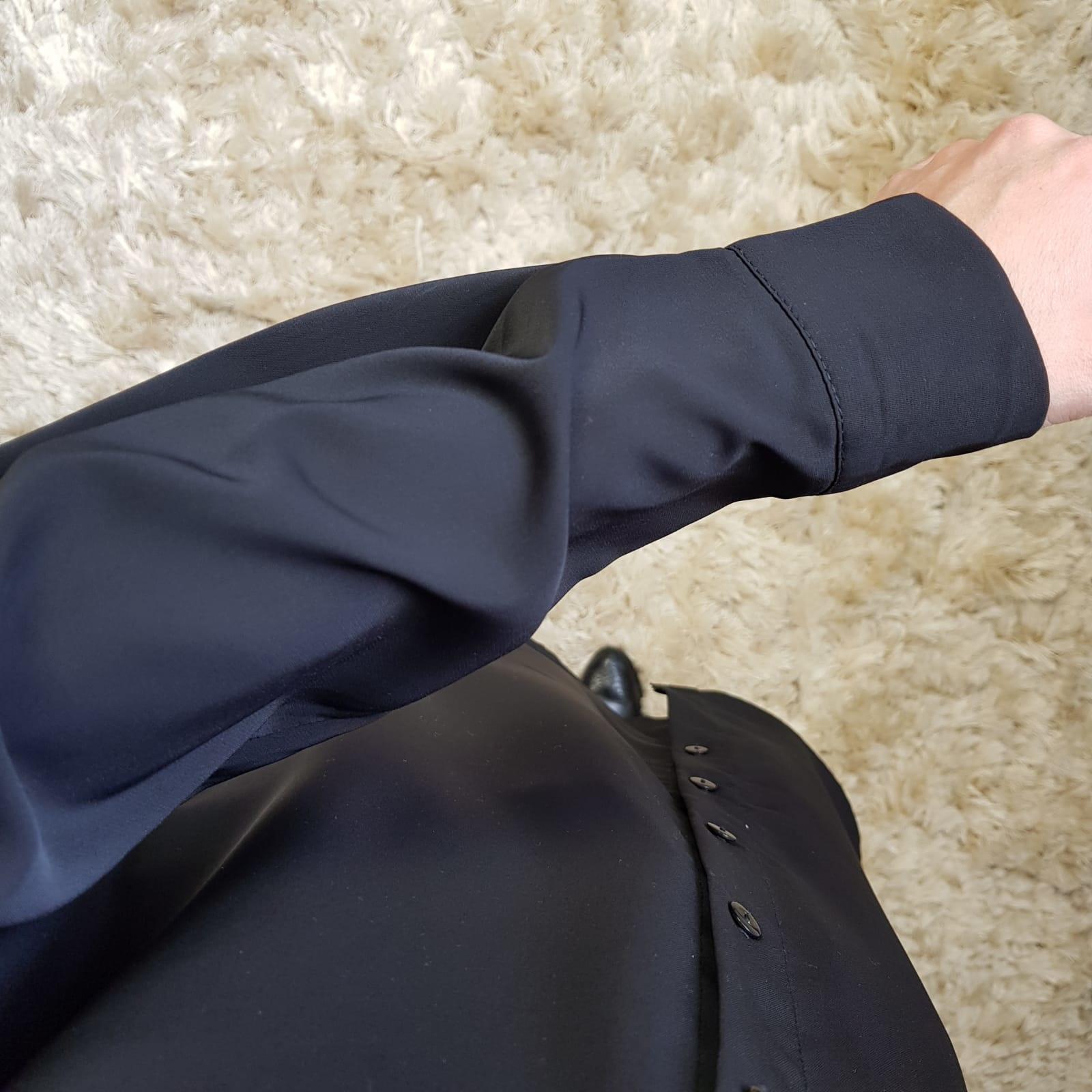 Basic blouse alassio zwart  (vallen ruim)