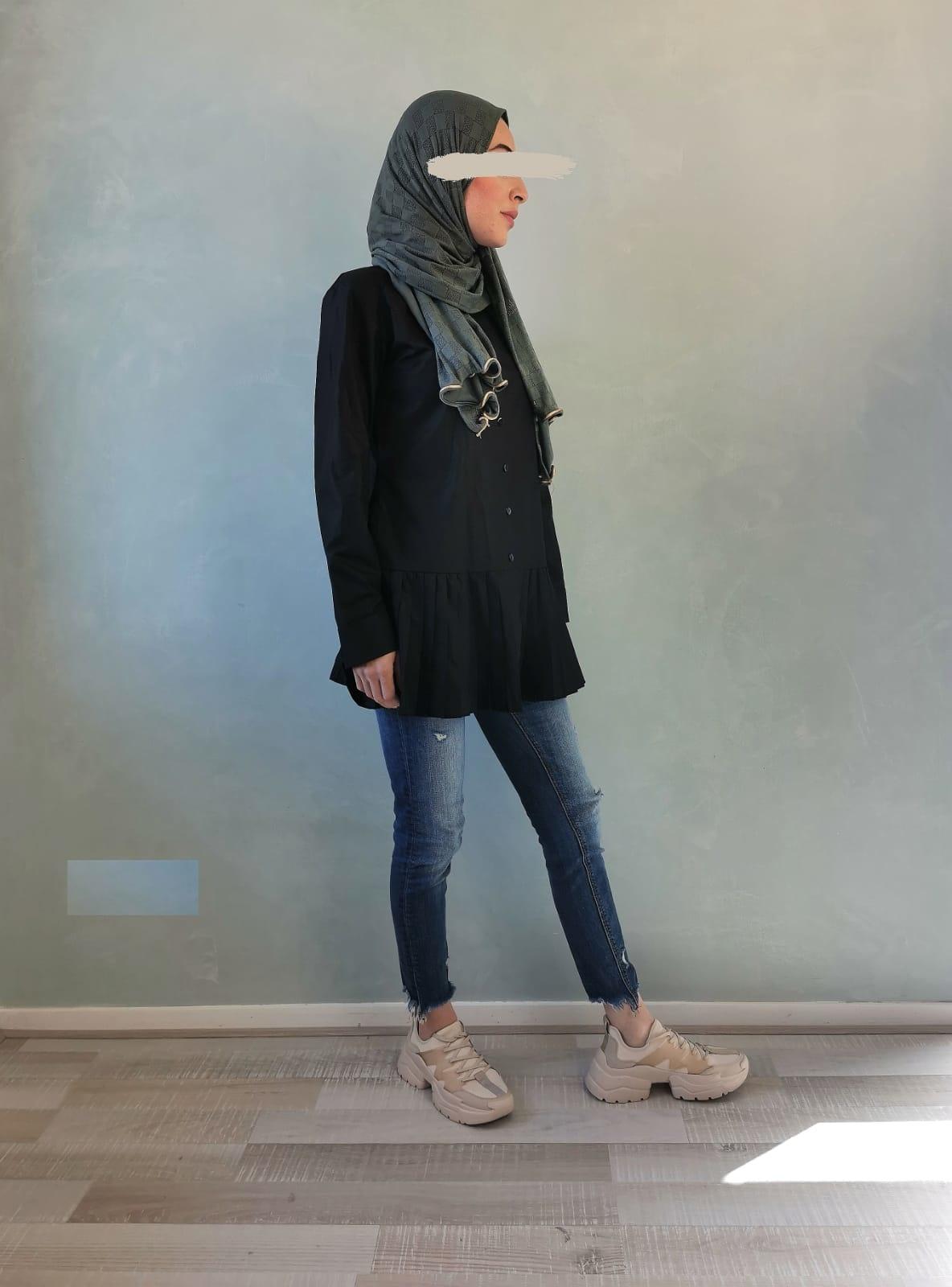 Nette blouse met plooien zwart