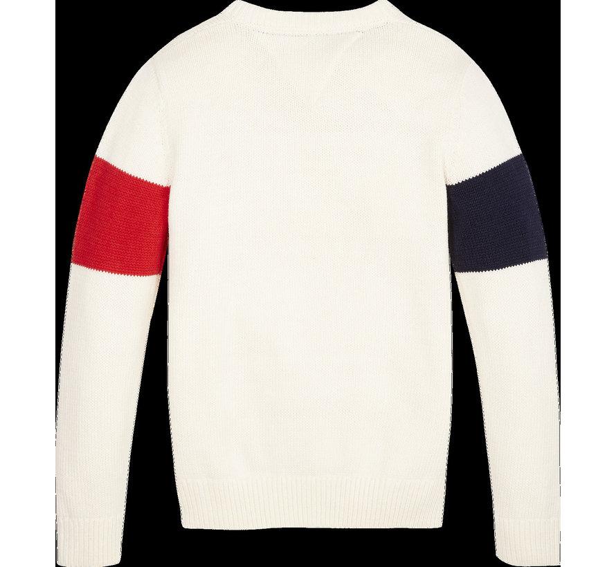 KB05086 h badge sweater