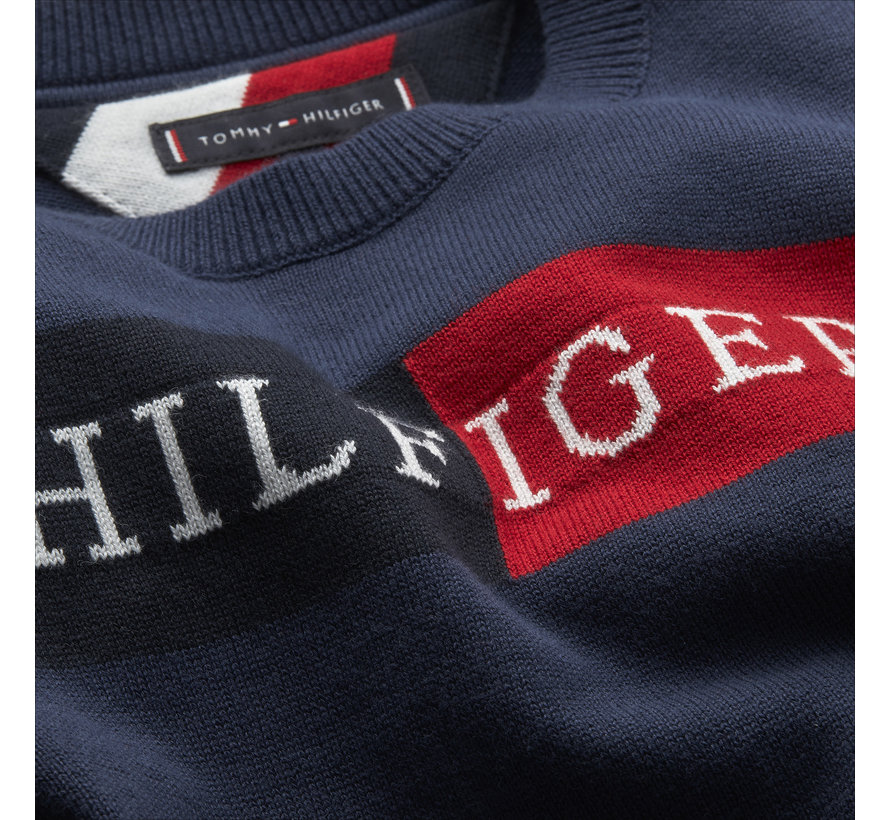 KB05613 Essential TH logo sweater