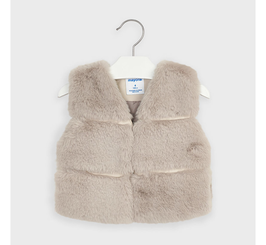 4351 fur vest
