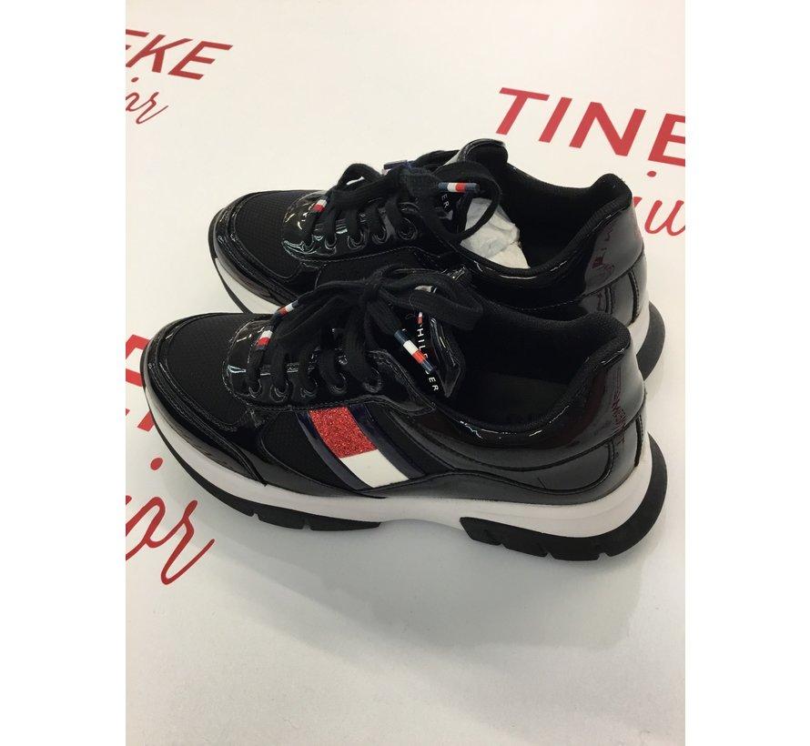 T3A4-30818-1022999 scarpa stringa