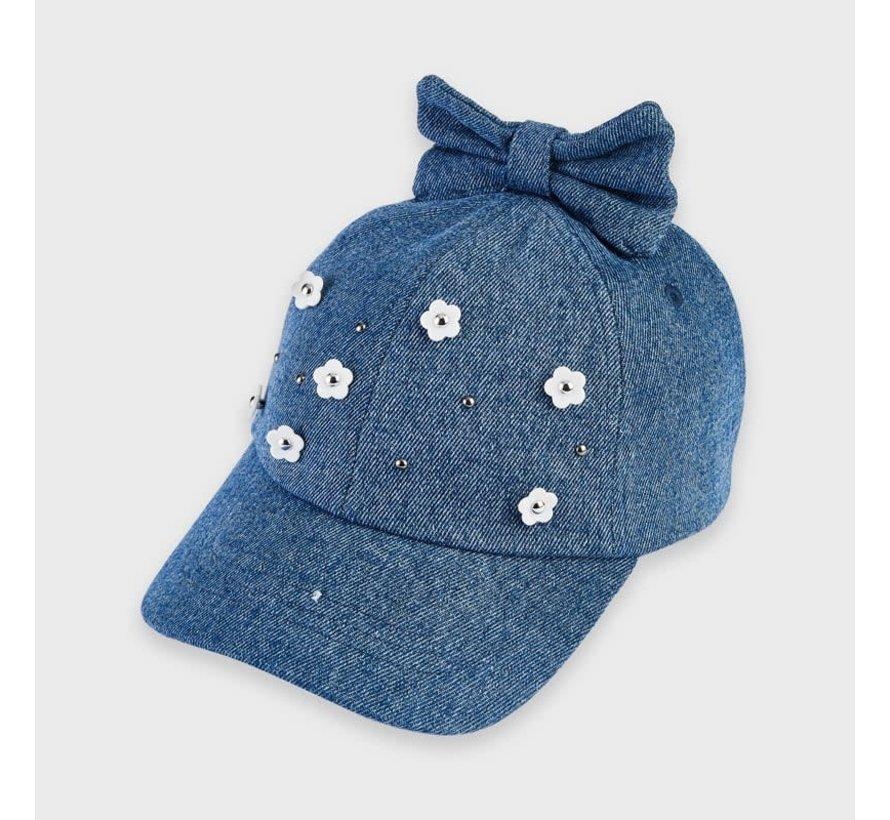 10061 hat with floral aplique