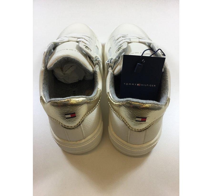 T3b4-30921 Low cut lace-up sneaker*