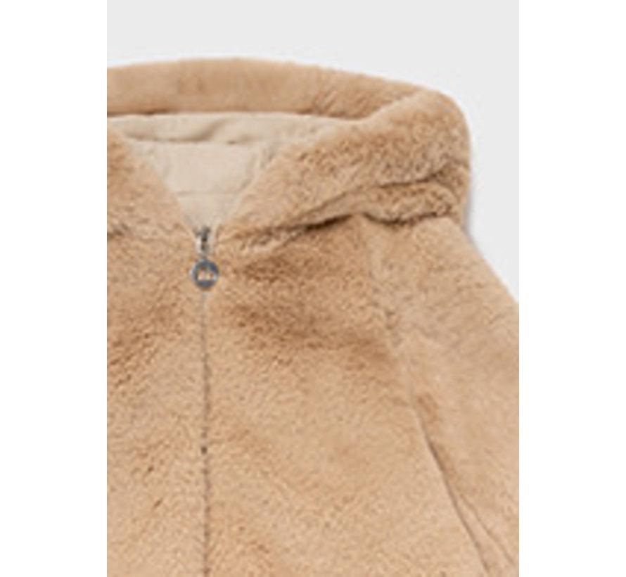 2436 Fur coat