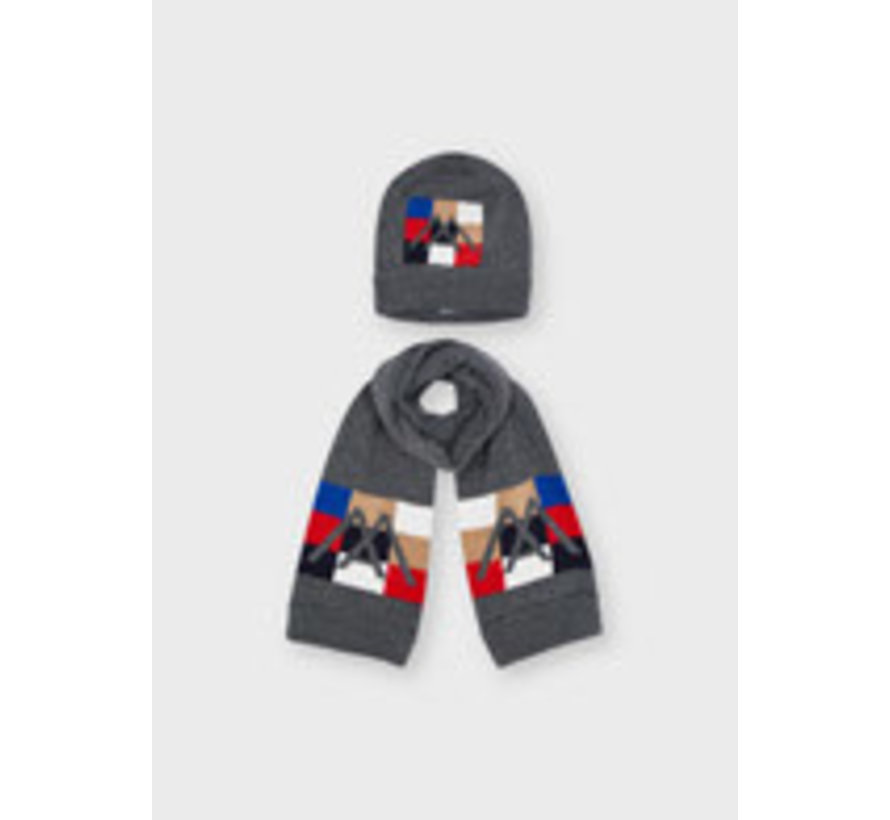 10152 Hat and scarf set