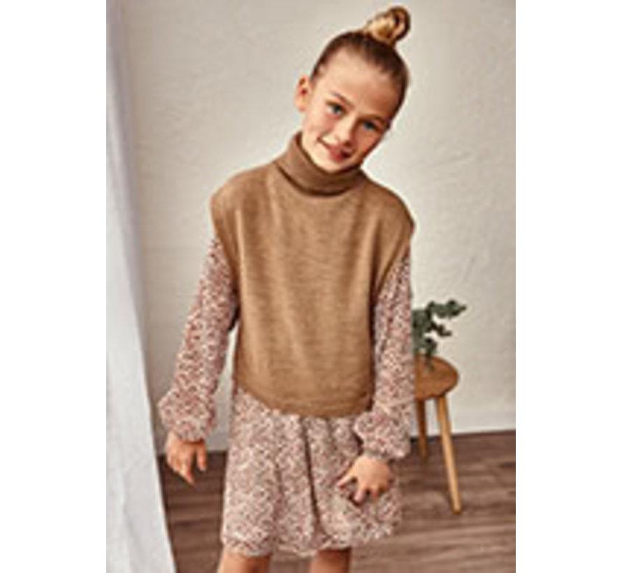 7362 Knitting poncho