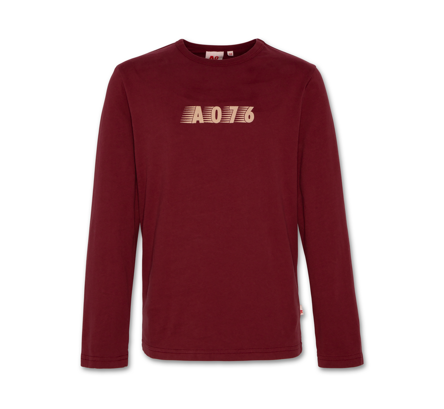 221-2102-09 t-shirt Is brand