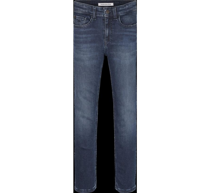 IB01029 Slim Ess stretch