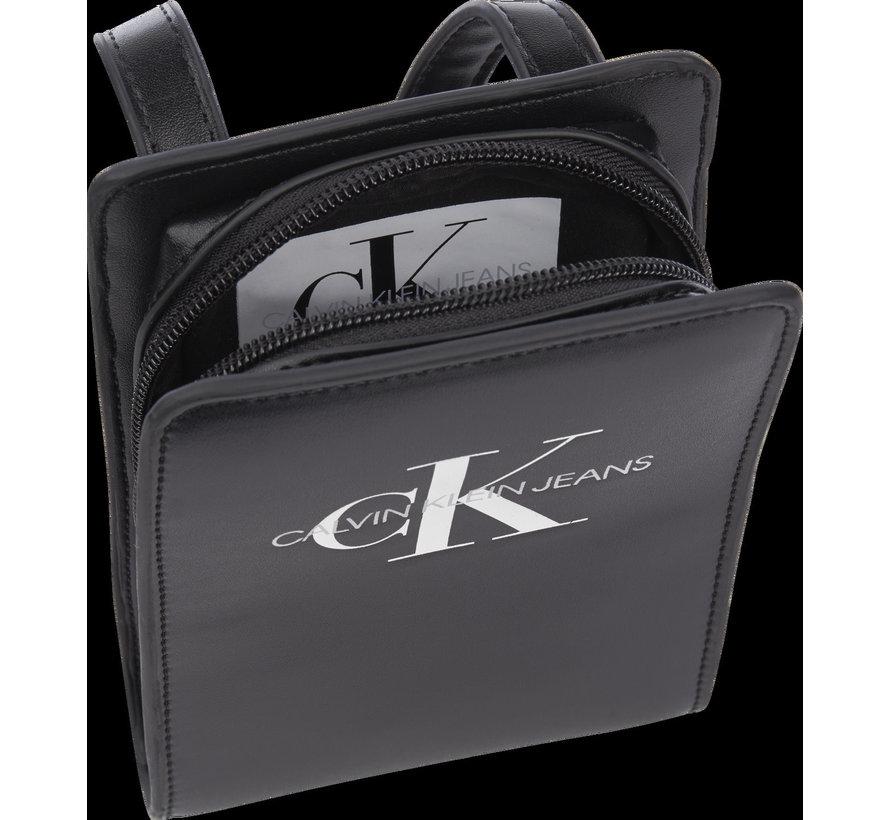 IU00143 monogram pouch bag