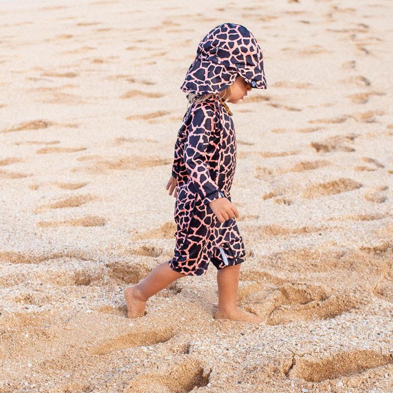 Beach & Bandits UV Zomerhoedje Zonnehoedje - Baby Kind Jongen Meisje - Spotted Moray Vissenprint - Vanaf 6 maanden tot 1/2 jaar